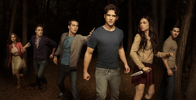 Teen_wolf_season_2_cast_photo.jpg